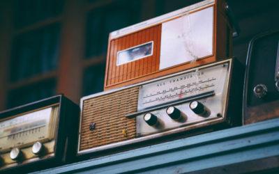elebremos el Día de la radio, un medio de comunicación inmortal